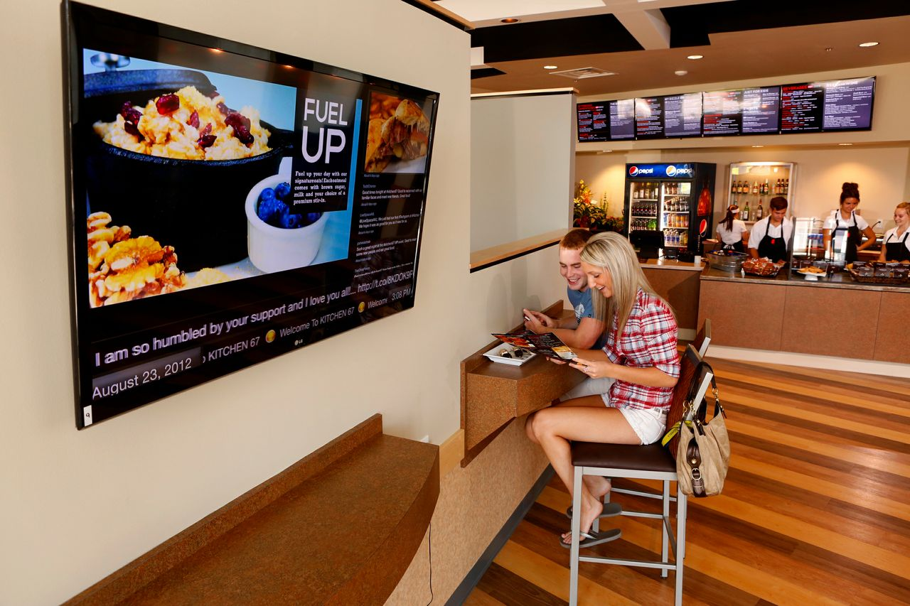 knowing-about-digital-signage