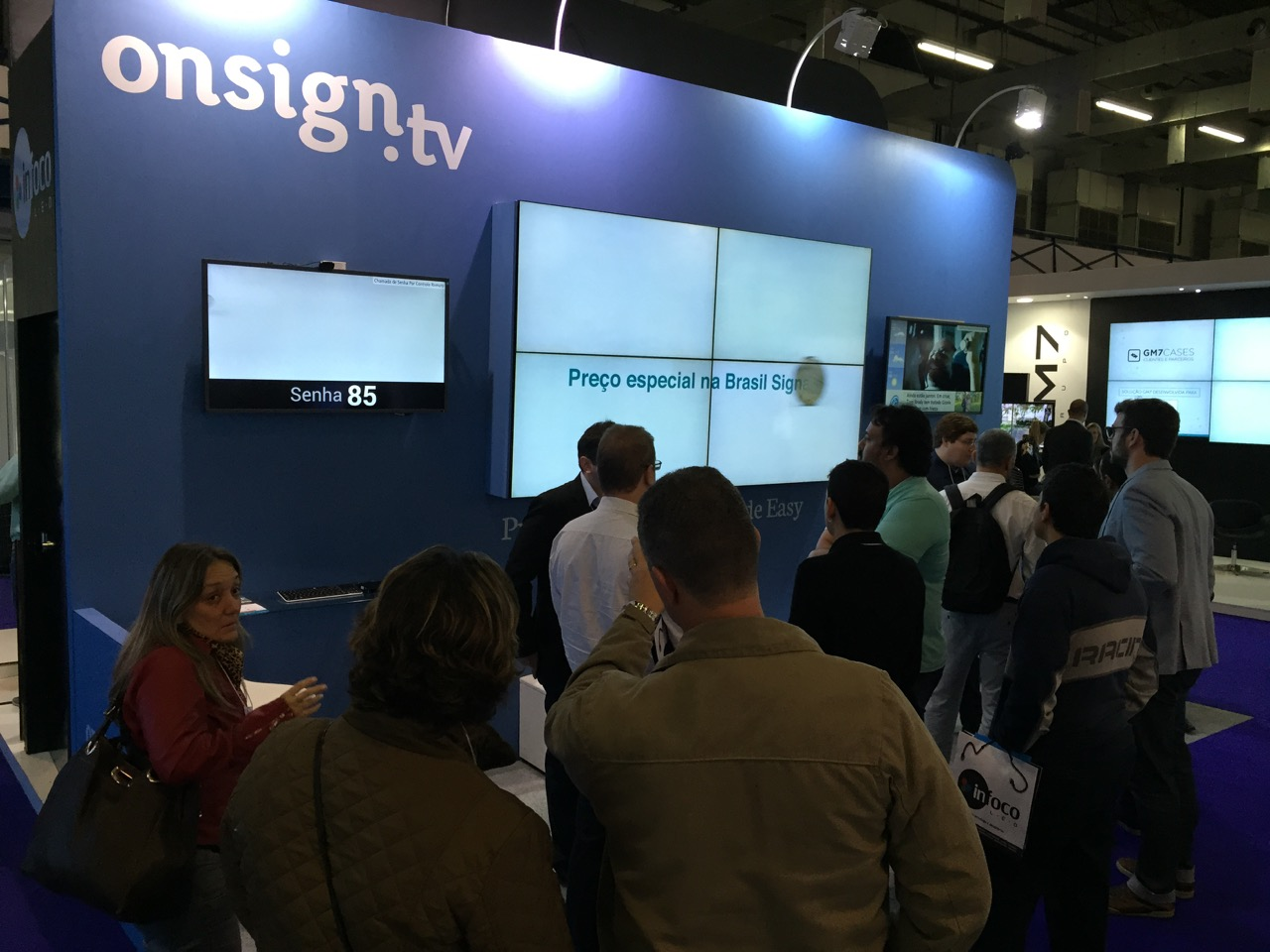 digital-signage-and-aspects